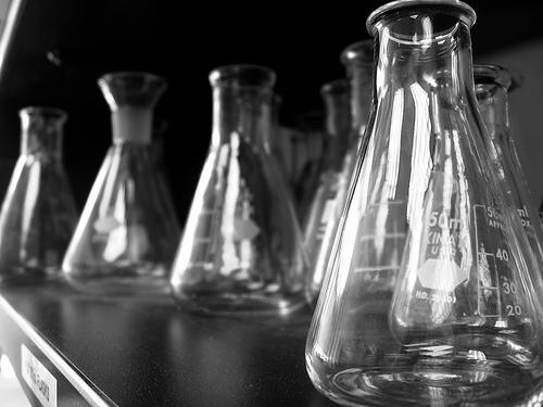 beakers-in-lab